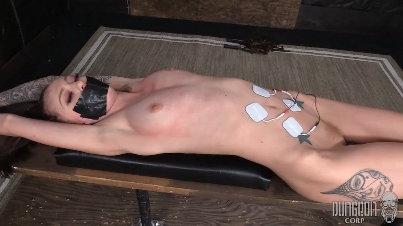 Fragile Submissive in Bondage - Kendra Cole. Dungeoncorp.com (972 Mb)