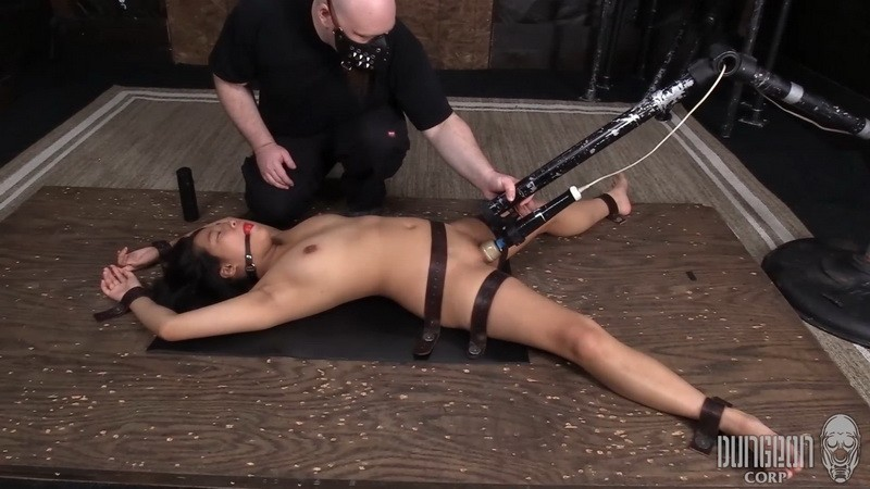 Intense BDSM with Alona - Alona Bloom. Dungeoncorp.com (806 Mb)