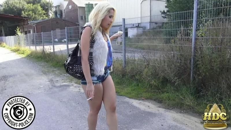 Sienna Lane. 2019-06-21. HotDrinkingChicks.com/Hdcprojects.com (1077 Mb)