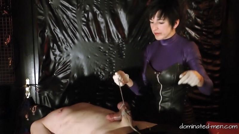 Baroness Merceds - Spritzverbot Part3. 2019-04-14. Dominated-men.com (176 Mb)