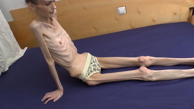 Denisa posing indoors. 28 Dec 2020. Skinnyfans.com (259 Mb)