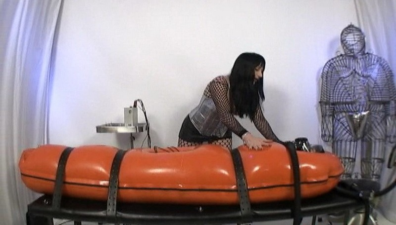 JG-Leathers Electro Play (S795). Mar 7 2021. Seriousimages.com (495 Mb)