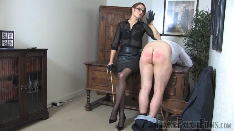 Office Bitch - Mistress Krush. 24th Jan 2021. Femmefatalefilms.com (1320 Mb)