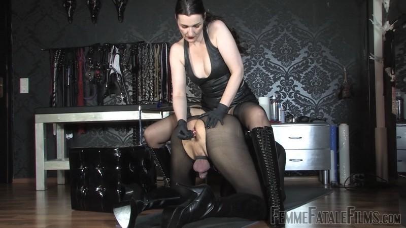 Slutty Ass Fuck - Lady Victoria Valente. 7th Feb 2021. Femmefatalefilms.com (462 Mb)