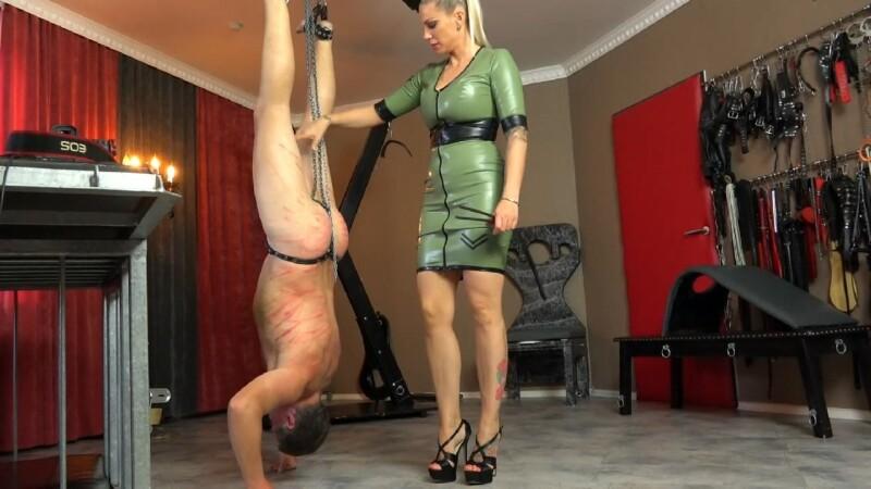 Inverted and Punished – Lady Aurora Nia Knoxx. Sado-ladies.com (237 Mb)