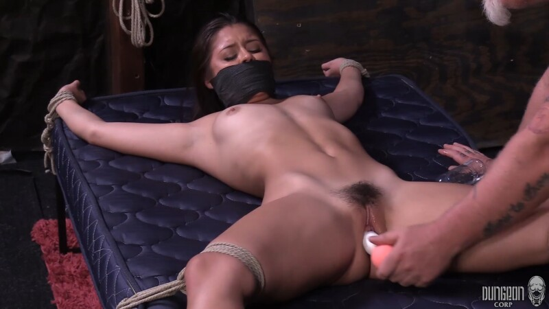 Sweet and Lustful - Catalina Ossa. 06.27.2021. Dungeoncorp.com (898 Mb)
