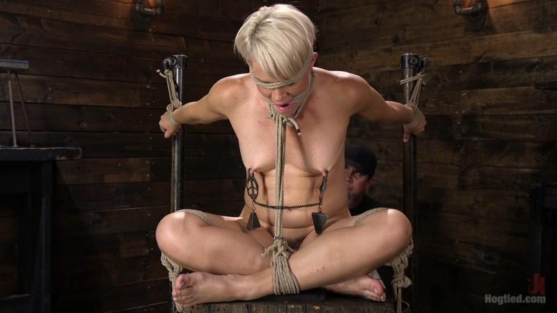 Blonde Buff MILF Helena Locke Made to Cum in Tight Rope Bondage. HogTied.com (1939 Mb)