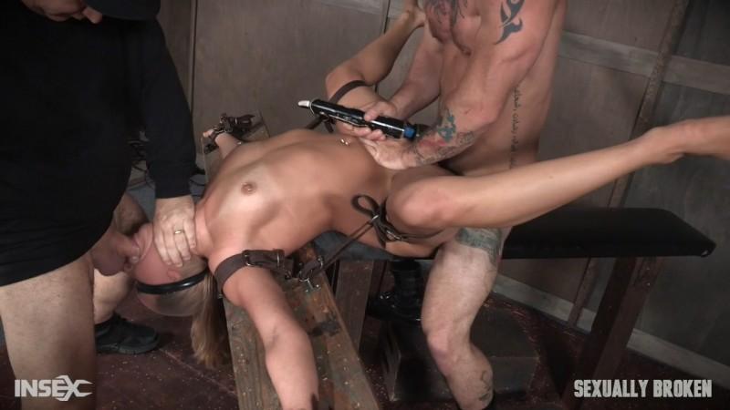 Julia Waters first ever porn shoot. Brutal throat fuckings, ANAL fucking. SexuallyBroken.com (1582 Mb)