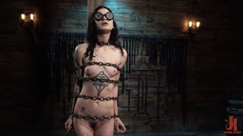 Lydia Black Tormented In Brutal Restriction. DeviceBondage.com (1590 Mb)