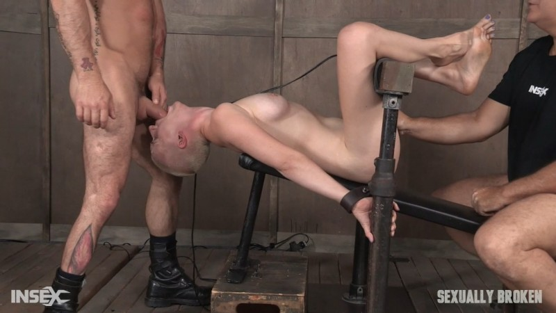 Riley Nixon brutally pounded, leaving her a drooling dripping, gasping mess. SexuallyBroken.com (1682 Mb)